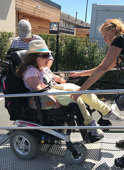 Equitation handicapés installations Caen, Vire, Flers